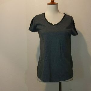 NWOT Simply Vera lacy t-shirt